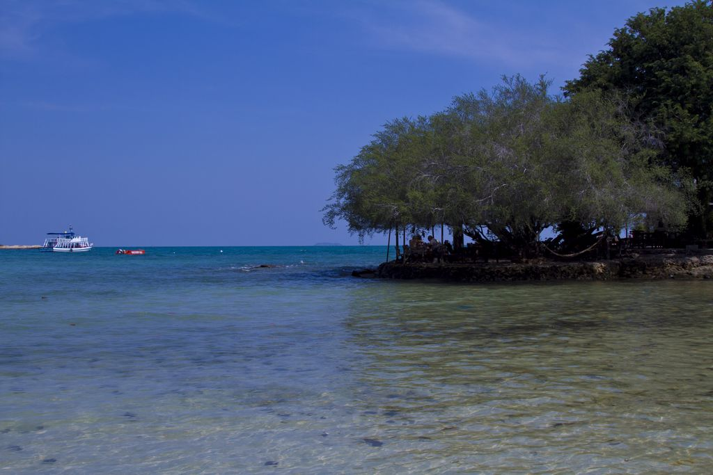 驱车前往,【班配码头】,乘船前往【 沙美岛国家海洋自然保护风景区】